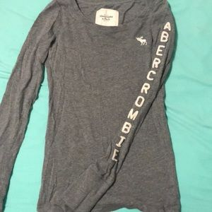 Long Sleeve Abercrombie & Fitch Grey Crew Neck